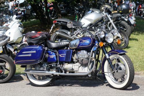 07-Moto-Guzzi-California-750