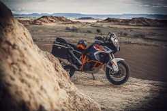 ktm-1290-super-adventure-r-2021-blu-bianca-arancione