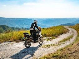 noleggio moto a lungo termine vantaggi e svantaggi