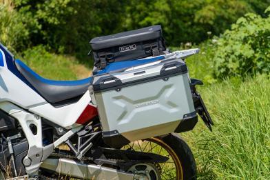 sw-motech-valigie-trax-adv-alluminio-laterale-montate-africa-twin