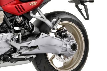 moto-guzzi-v100-mandello-trasmissione-cardano-sinistra
