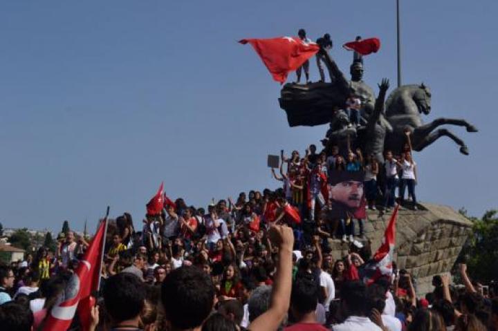 Antalia-occupy-Gezy-press