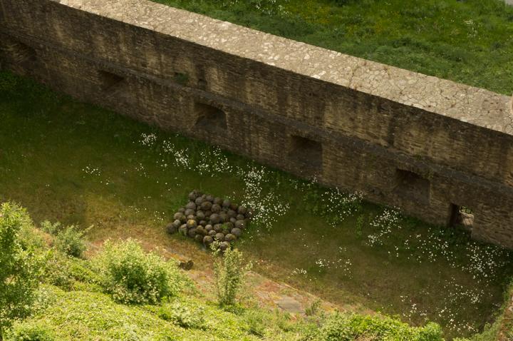 Eltz-Burg-Castle-Germany-canon-balls