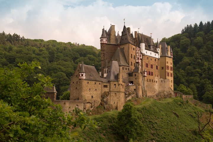 Eltz-Burg-Castle-Germany-view from path