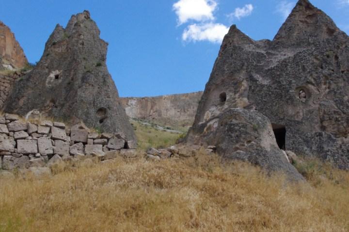 Soganly valley - church black best - karabas Kilise-4