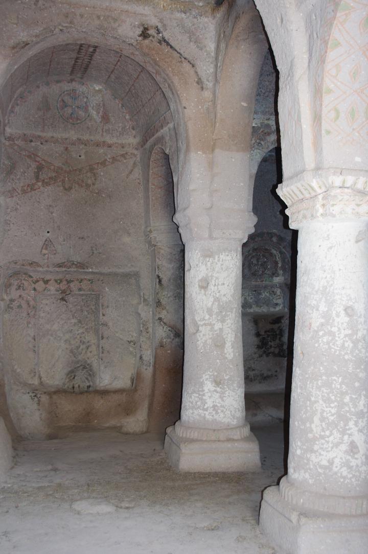 Soganly valley - church buckes - entrance