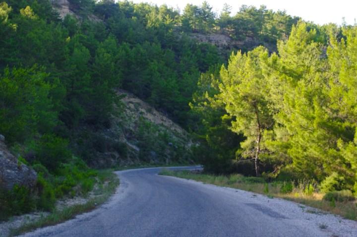 Turkey - road - Cappadocia_
