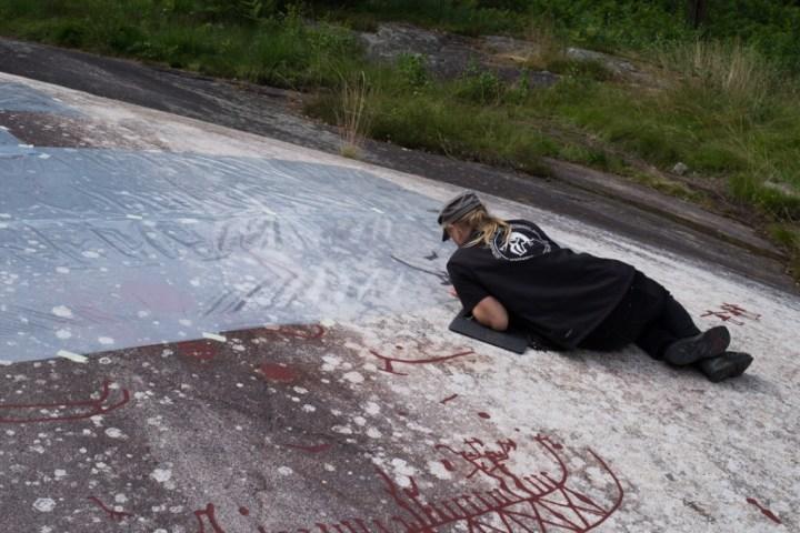 Tanum rock carvings - Sweden -working on Vitlyckehällen
