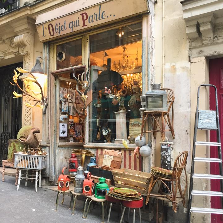 Paris - France - L'Objet qui parle