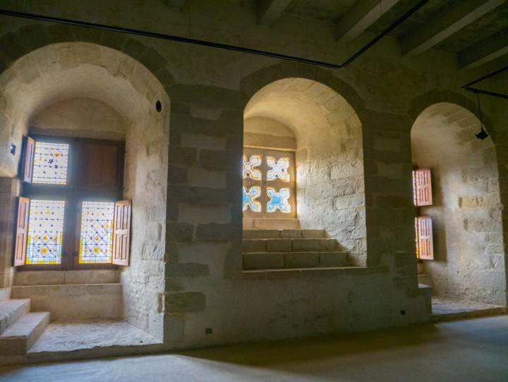 Suscinio - Brittany - France - quatrefoils windows