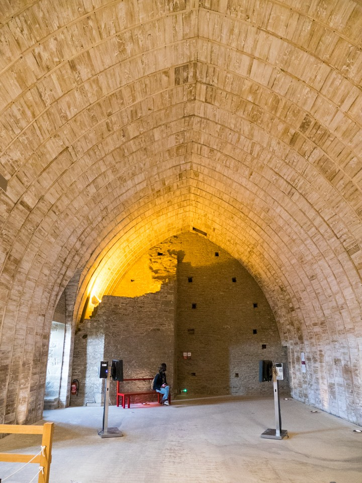 Suscinio - Brittany - France - vaulted ceiling of the 3rd floor