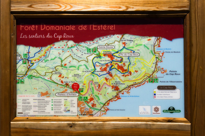 Map of the Massif de l'Esterel, France - Learn more on roadtripsaroundtheworld.com