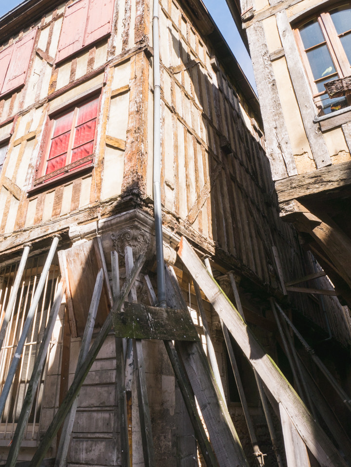 Renovation needed! Troyes, France - roadtripsaroundtheworld.com
