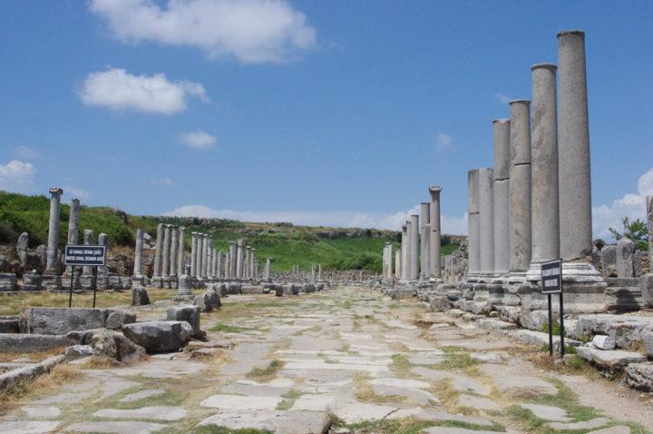 Colonnaded street - Perge, Turkey - www.RoadTripsaroundtheWorld.com