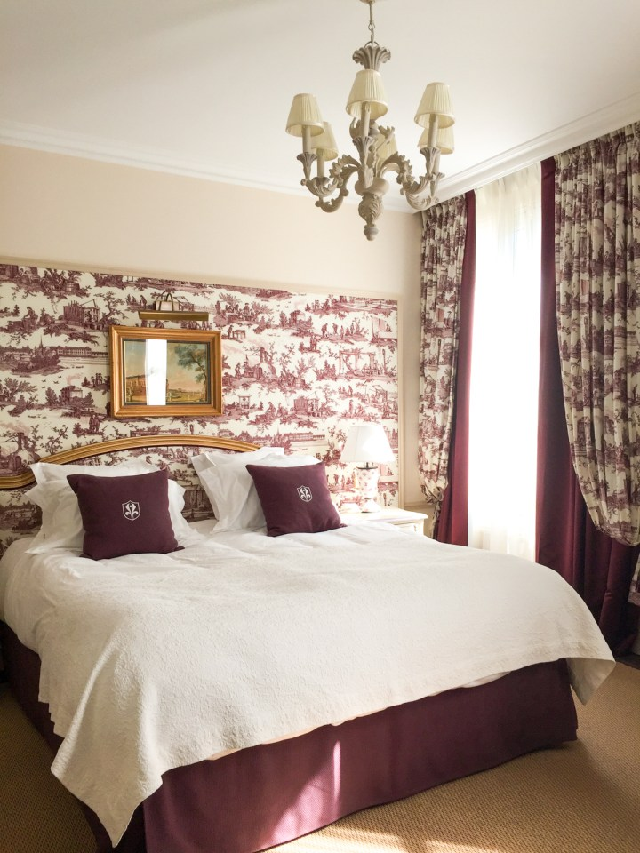 Bedroom - Auberge du Jeu de Paume, Chantilly, France - www.RoadtripsaroundtheWorld.com