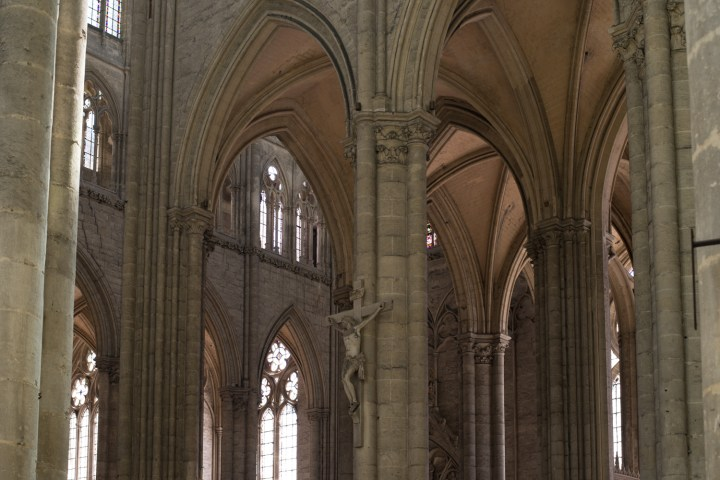 Gothic Trancept and Nave architecture - Amiens Cathedral, France - www.RoadTripsaroundtheWorld.com