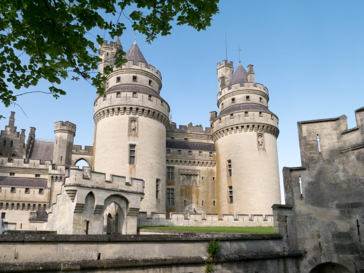 Tour Jules Cesar and Charlemagne - Chateau de Pierrefonds, France - www.RoadTripsaroundtheWorld.com