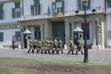 Changing of the guard - residence of the President