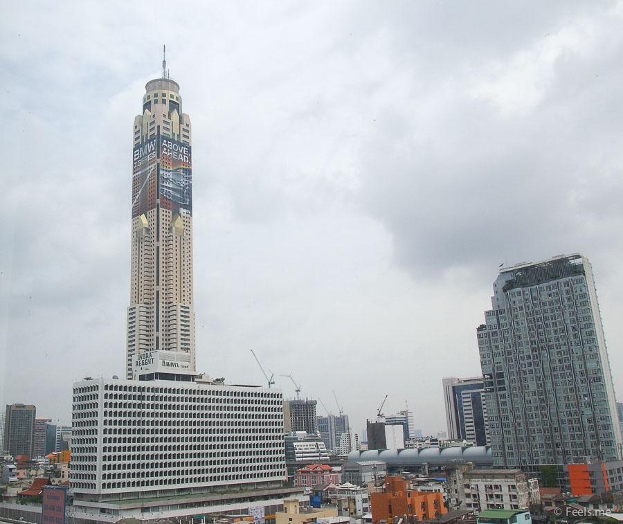 Centara Watergate Clear view of Baiyoke Sky Hotel
