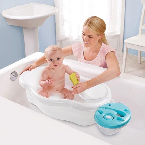 Summer Infant Newborn to Toddler Bath Center and Shower infant having bath