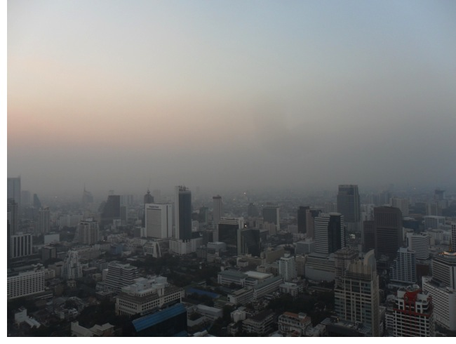 Sunset view from the 61st floor @ Vertigo and Moon Bar