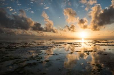sunrise_reflection_zanzibar_tanzania
