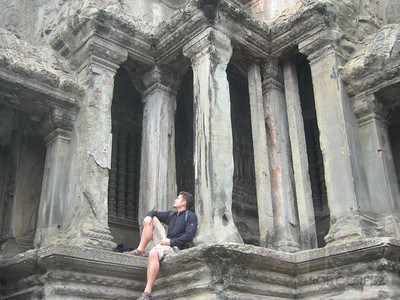 ROB WAITING FOR HIS DATE WITH LARA CROFT AT ANGKOR WAT - Siem Reap, Cambodia