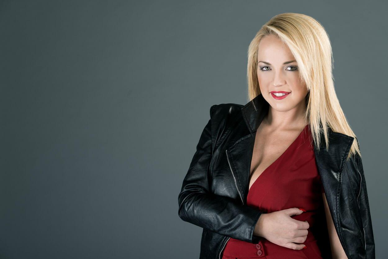 Attrice italiana bionda - Roberta