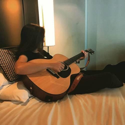 Hotel Room (Belfast)