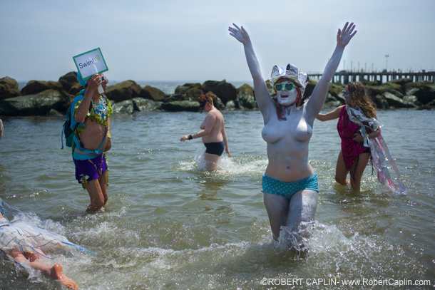 MermaidParade2013_16