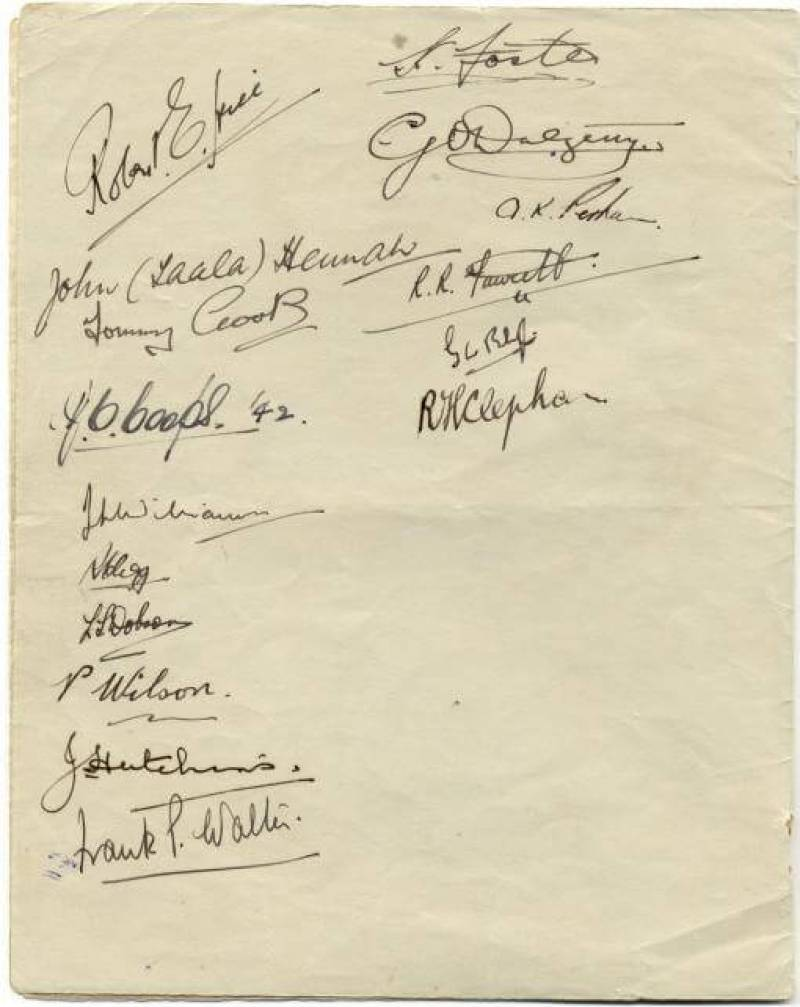 Paiforce Xmas menu, signatures, 1942