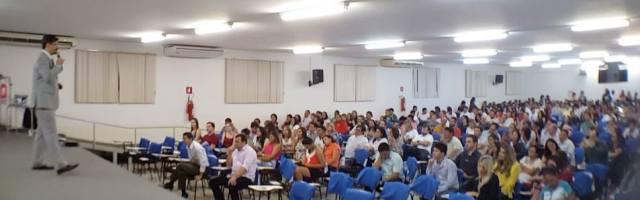 Empreendedorismo é tema de palestra com Roberto Dias Duarte
