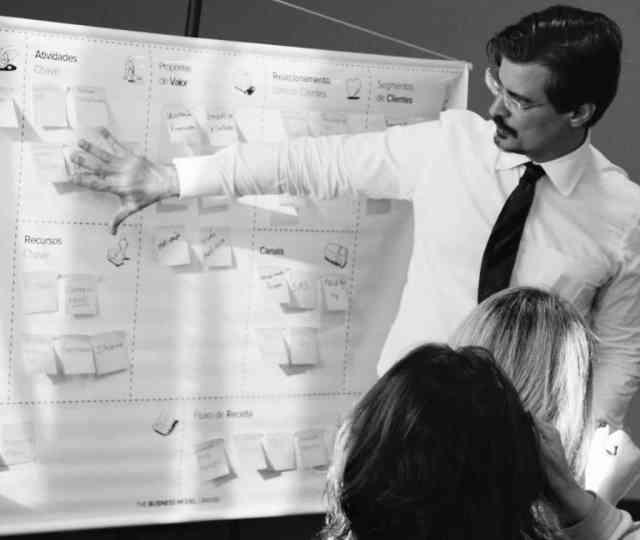Eu acredito que a segmentação é um processo inevitável, mesmo que o escritório atenda vários segmentos. A percepção do cliente e as unidades internas têm de ser construídas de forma segmentada para reduzir o custo e prestar um atendimento condizente a cada perfil empresarial.