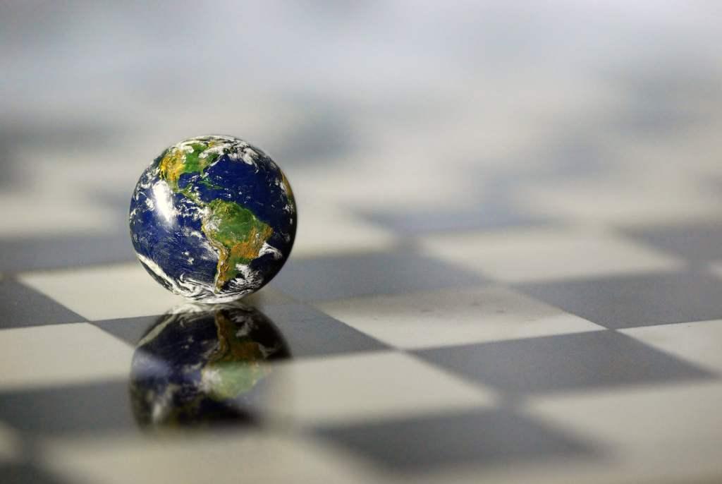 Estudo inglês traça perspectivas globais pós-pandemia