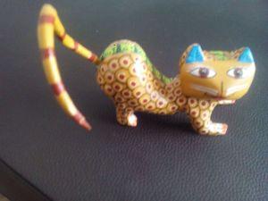 Autor desconocido (2015) Alebrije con forma de gato. Fotografía IE — 2016