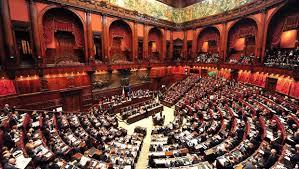Lo spettacolo politico in Italia