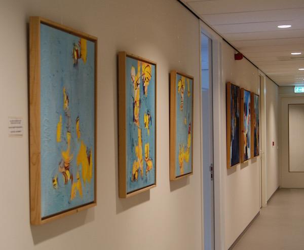 schilderij serie blauw, schilderij, schilderijen, robert, pennekamp, abstract, expressief, 2015, kantoor, muur, wachtkamer, gang, entree, representatief