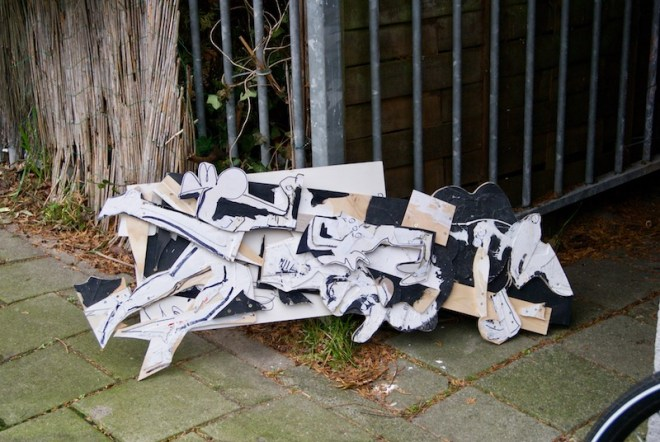 vuilniskunst, trashart, garbageart, art, gallery, modernart, contemporaryart, tijdelijk, temporary, site specific, art, action, robert, pennekamp, amsterdam, art, artist
