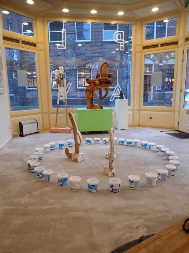 PLAYroom, PLAYroomgallery, Zaandam, Cultuurweekeind, performance, participatie, interactief, deelnemen, participeren, meedoen, bezoek, stempel, win, fluxus, zaandam, geven, nemen, recycle, pennekamp, gallery, robert,