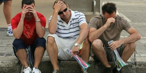 England fans looking glum, culled from @qwghlm's Tumblr