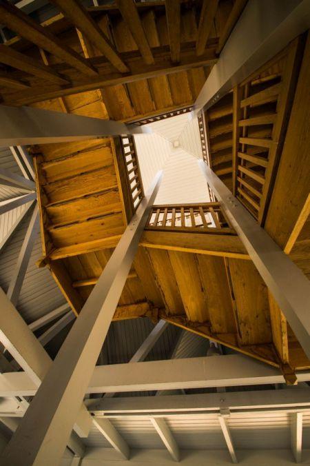 Park vliegbasis Soesterberg, trappenhuis gebouw 45
