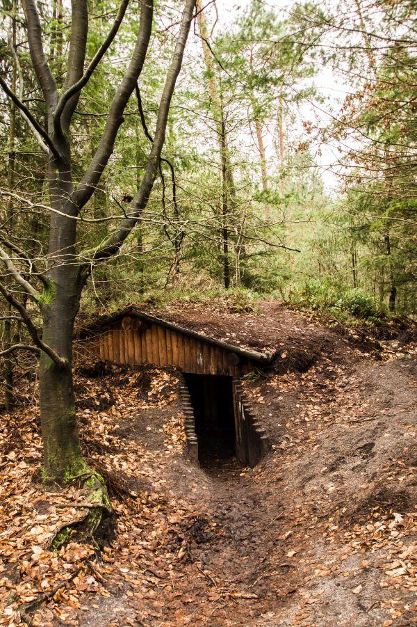 Verscholen dorp, Vierhouten, onderduikershut