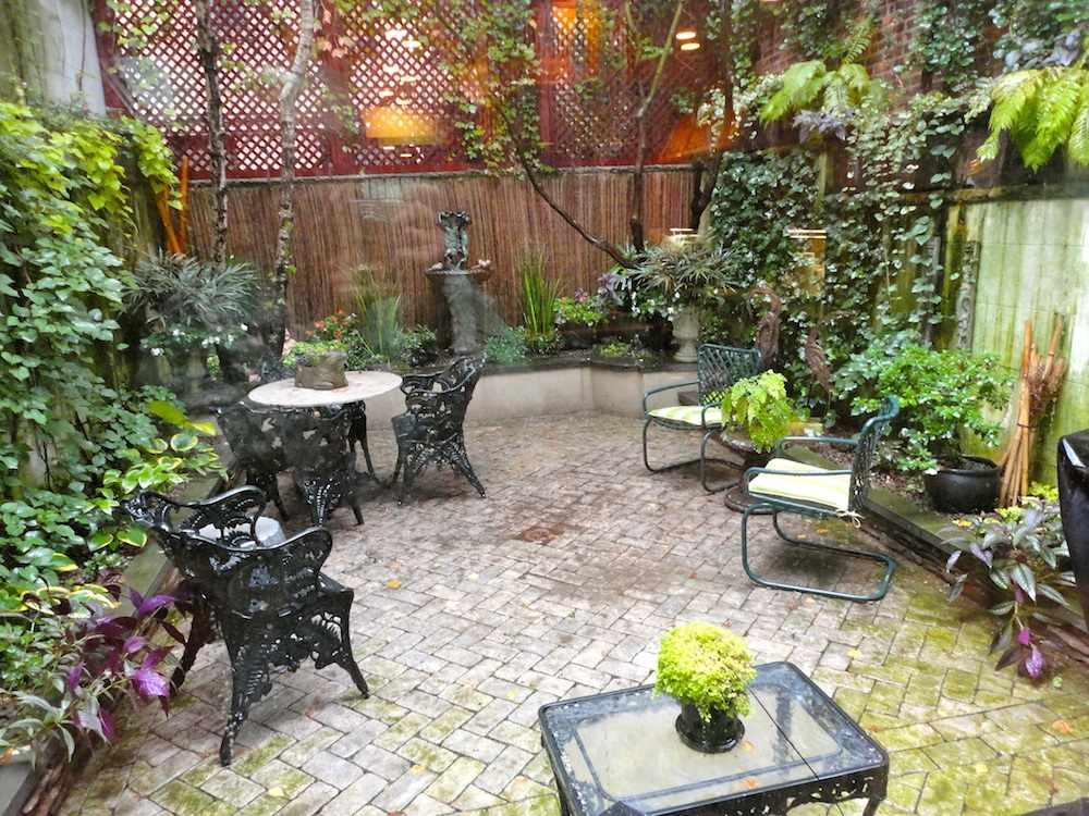 gardens by Robert Urban - townhouse backyard spaces on Small Urban Patio Ideas  id=95560