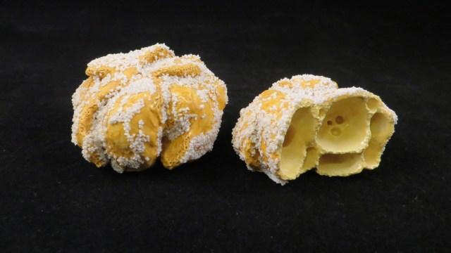 Sugar Coated Egg Puffs 沙翁