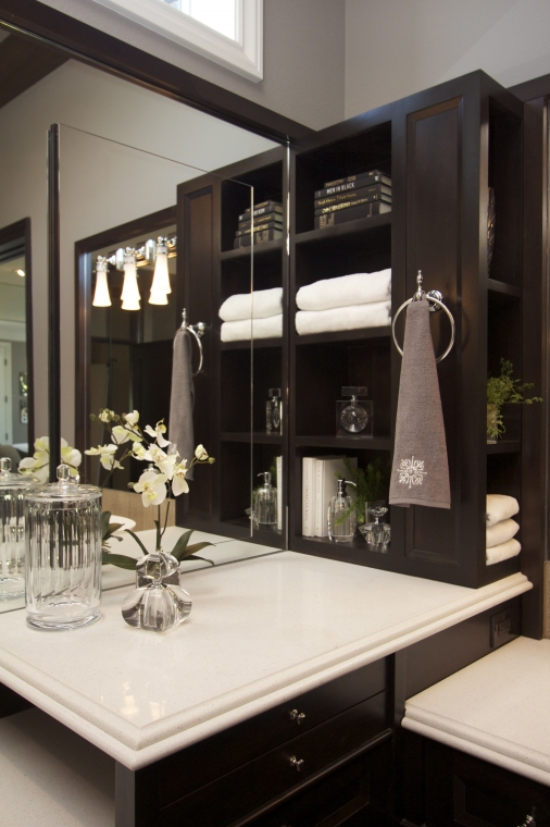 Stylish Transitional Master Bathroom Robeson Design San