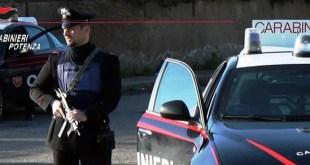 Lauria, arrestato dai Carabinieri un 35enne armato di ascia e coltelli