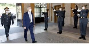 Roma, il Ministro Daniele Franco in visita al Comando Generale della GdF