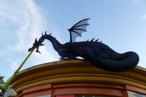 Dragon made out of LEGO's