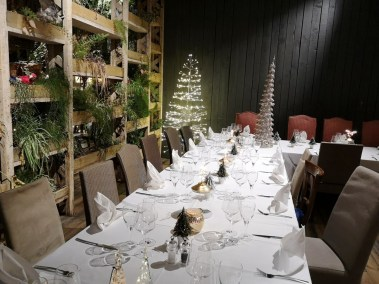 Event Venue - Christmas and End Year Dinner Parties 2019 - Come à la Maison - Robin du Lac Concept Store - Luxembourg (16)