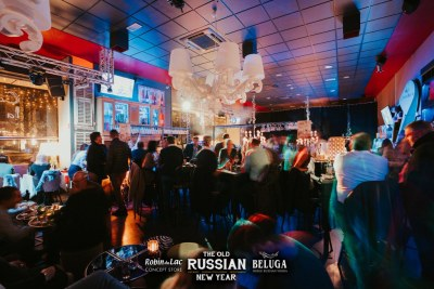 The-Old-Russian-New-Year-Come-à-la-Cave-Robin-du-Lac-Concept-Store-Luxembourg-36-2